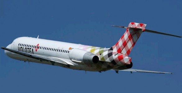 http://media.travelblog.it/6/692/Boeing-Volotea-586x299.jpg